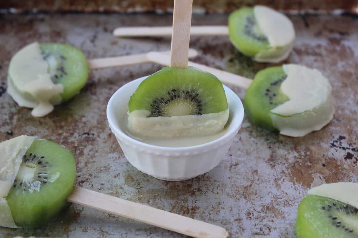 Coconut Kiwi Popsicles