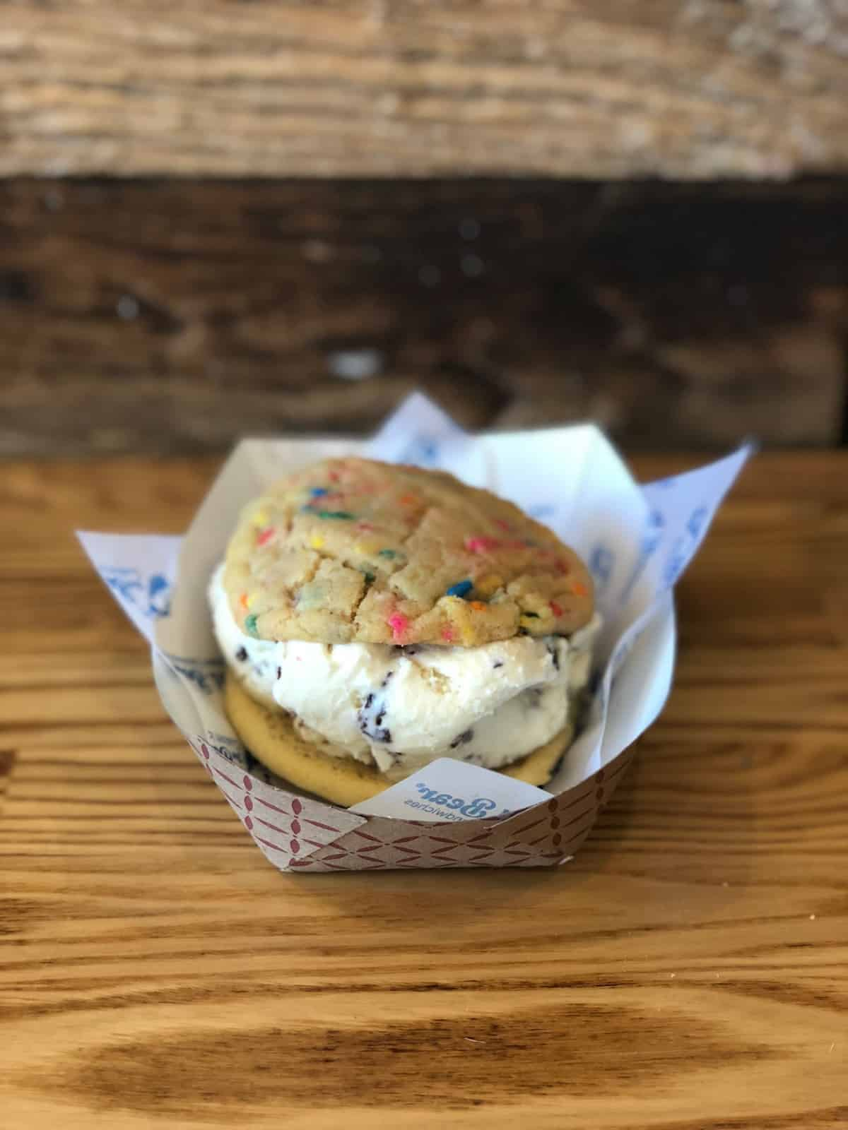 Ice cream cookie sandwich with funfetti cookies and chocolate chip cookie dough ice cream from Baked Bear in San Diego, CA